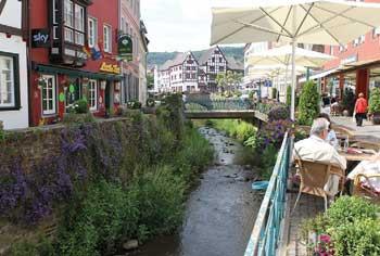 Shoppingtour ins Outlet nach Bad Münstereifel